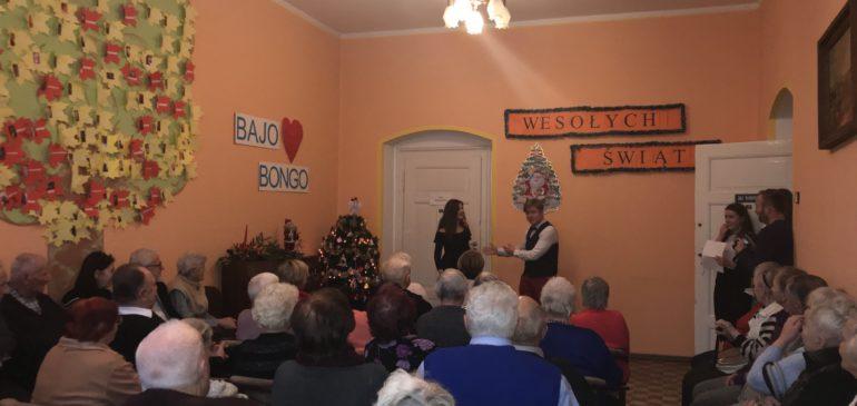 Świąteczna wizyta w Dziennym Domu Opieki Społecznej