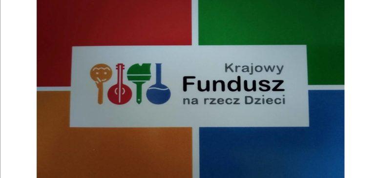 Julia, Monika I Michał  stypendystami Krajowego Funduszu na Rzecz Dzieci!